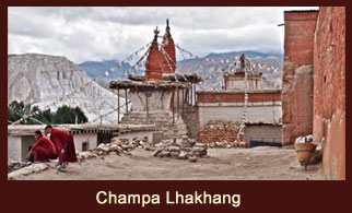 Lo Manthang, a great excursion destination in the Annapurna region of Nepal.
