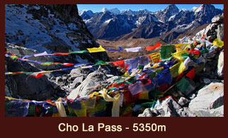 Cho La is a mountain pass scaling 5350m in the Everest region of Nepal.