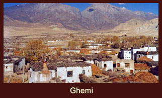 Ghemi, a small settlement in the Annapurna region of Nepal.