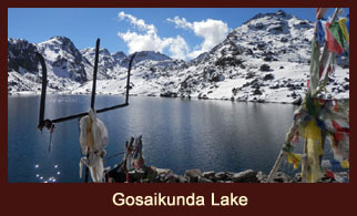 Let us pay a visit to the sacred Gosaikunda Lake. Depending upon our health condition, we can take a holy dip in the lake and offer prayers.