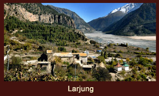Larjung, a small settlement in Annapurna region.