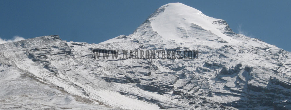 Climbing the Pisang Peak (6092m) is a fairly challenging expedition in the Annapurna region of Nepal.