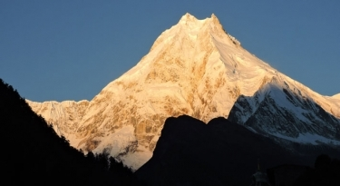 Manaslu Circuit Trek - 23 Days