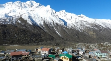 Langtang and Gosaikunda Trek - 20  Days
