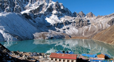 Gokyo Ri Trek - 14 Days